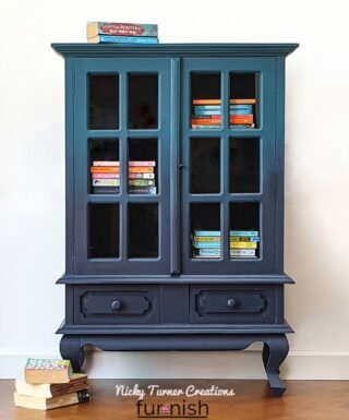 Wednesday's #zibraweeklypick is by @nickyturnercreations - Nicola painted this cabinet in navy blue blended into a teal. Smooth transition almost unnoticeable which is nice, it add a really unique effect. Great jog, Nicola! #furniturerefinishing #refinishedfurniture #paintedfurniture #antiquecabinet #transformation #enjoypainting #vintagefurniture #paintedmakeover #paintedfurniture #homedecor #furniture #dlawlesshardware #decor #paintedrestoration #nickyturnercreations #dixiebellepaint #furniturerefreshed #zibraweeklypick
