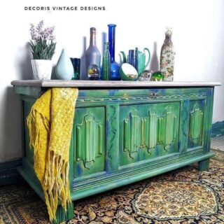 Friday's #zibraweeklypick is by @decorisvintagedesigns - Jodie painted this piece with multiple colors of greens blues by @dixiebellepaint - this turned out creative and unique, Jodie. Nice refinishing! #furniturerefinishing #furnitureart #sideoboard #transformation #enjoypainting #vintagefurniture #paintedmakeover #paintedfurniture #homedecor #decor #paintedrestoration #decorisvintagedesigns #dixiebellepaint #zibraweeklypick